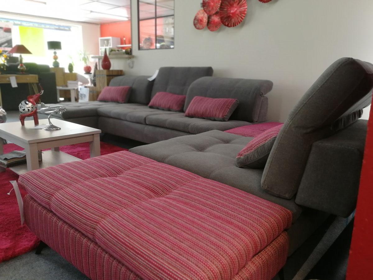 Grand canapé design - Lot