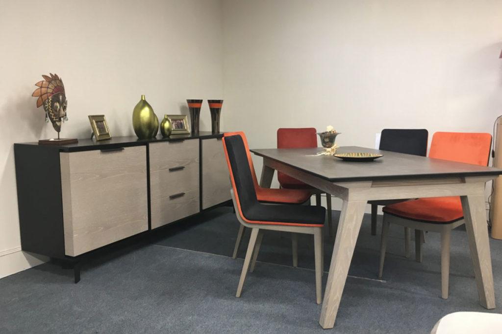 Magasin de meubles - Salle à manger
